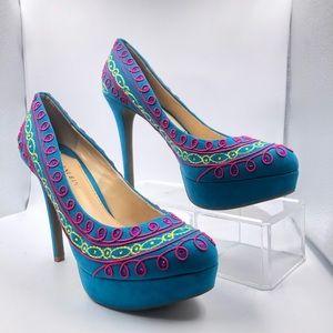Gianni Bini Alexis Capri Blue Statement heels! 8.5